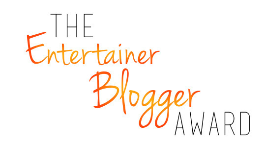 Entertainer AND Blogger?!  I'm Both Those Things!